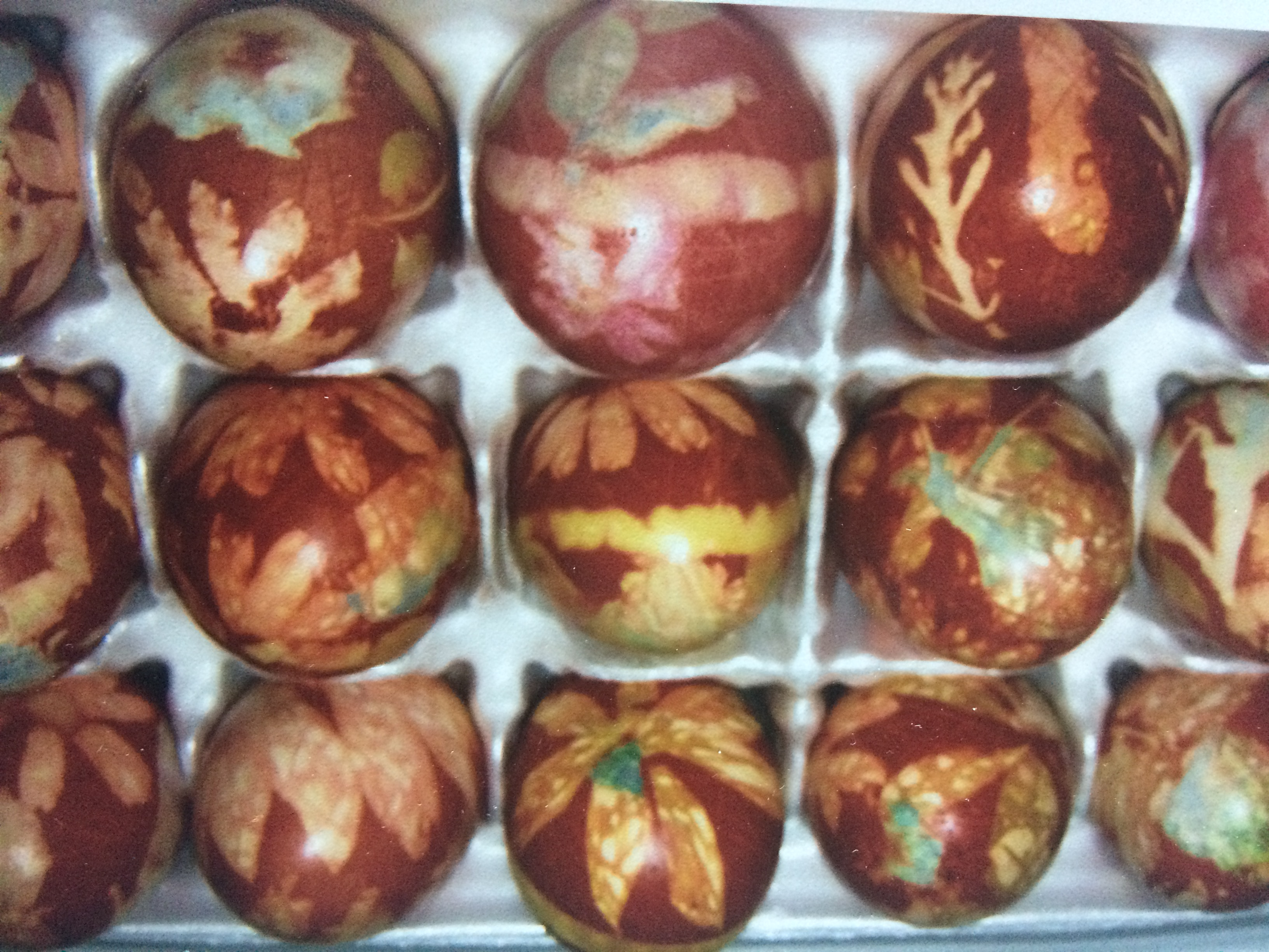 Eggs dyed in the Swiss tradition