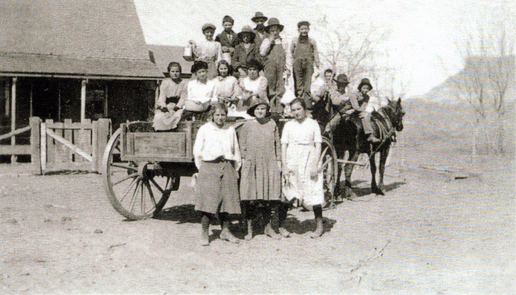 Some kids in front of Sylvester Earl's home in Virgin